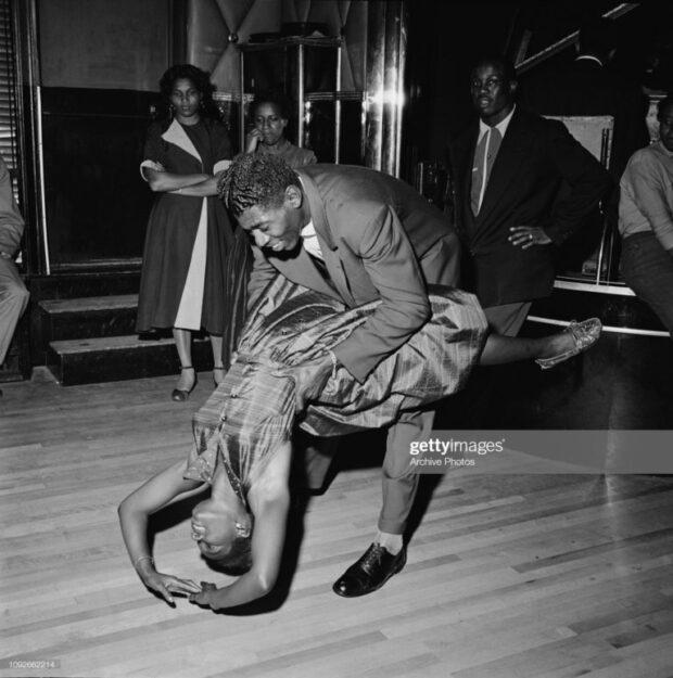 1947 Bailarines en el Savoy Ballroom en Harlem New York