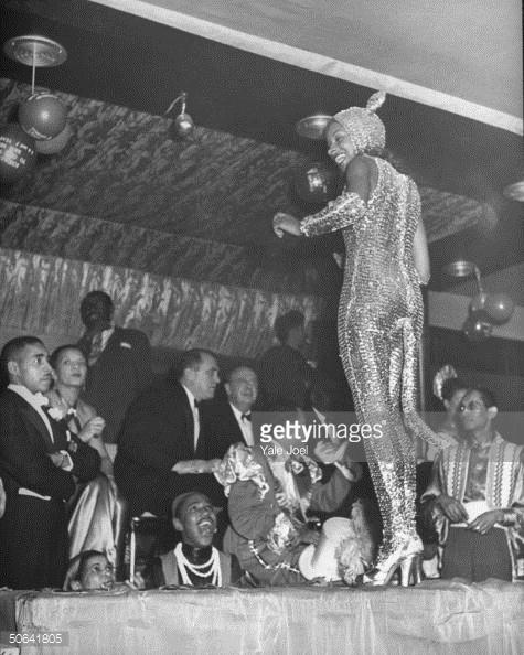 Concurso de disfraces en el Urban League Ball en el Savoy Ballroom 1949