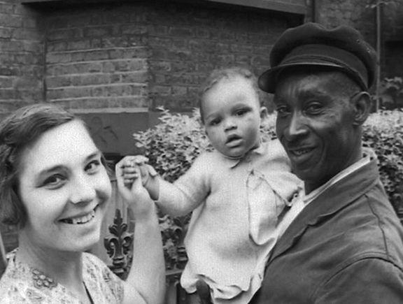 Familia de etnia mixta